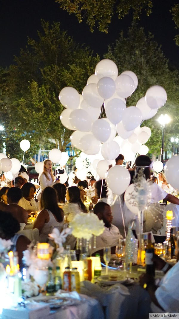 Diner_en_Blanc_Orlando_Paris_White_Party_Style_Outfit_Accessories1