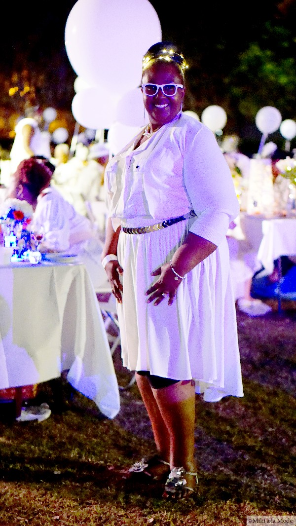 Diner_en_Blanc_Orlando_Paris_White_Party_Style_Outfit_Accessories10