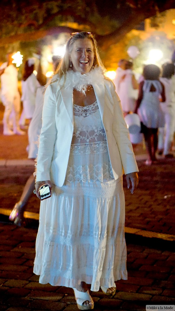 Diner_en_Blanc_Orlando_Paris_White_Party_Style_Outfit_Accessories20