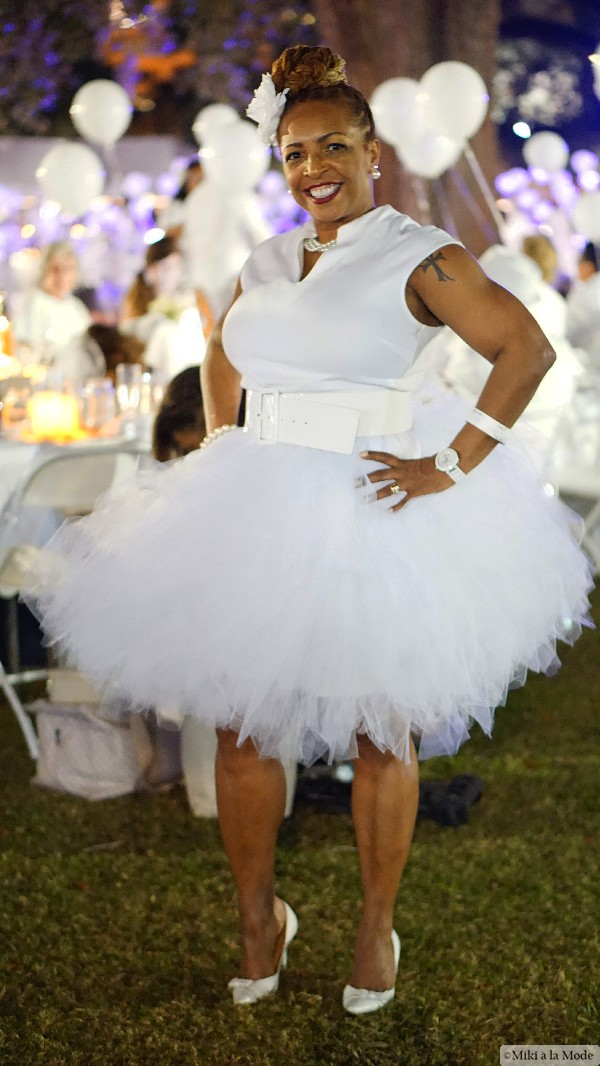 Diner_en_Blanc_Orlando_Paris_White_Party_Style_Outfit_Accessories39