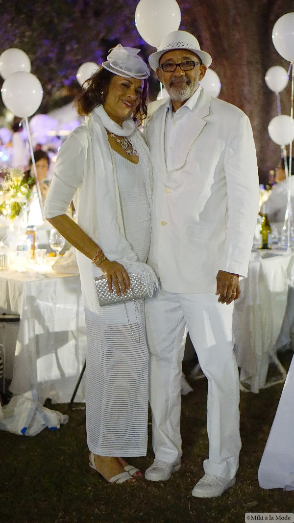 Diner_en_Blanc_Orlando_Paris_White_Party_Style_Outfit_Accessories42