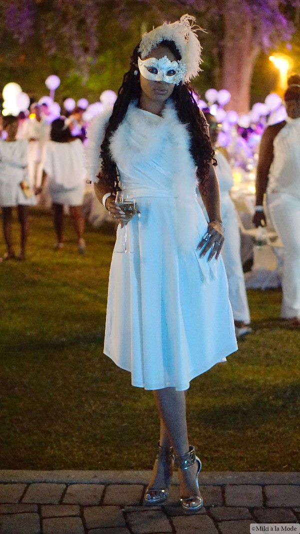 Diner_en_Blanc_Orlando_Paris_White_Party_Style_Outfit_Accessories48