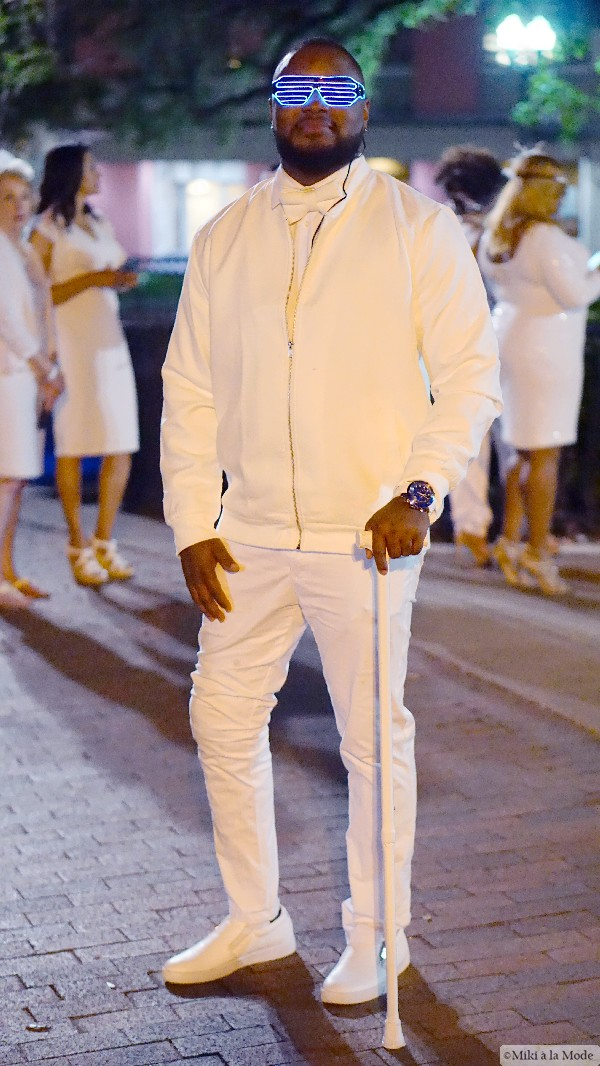 Diner_en_Blanc_Orlando_Paris_White_Party_Style_Outfit_Accessories60