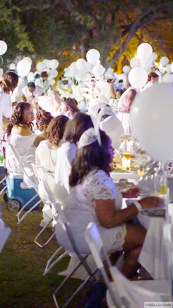 Diner_en_Blanc_Orlando_Paris_White_Party_Style_Outfit_Accessories66